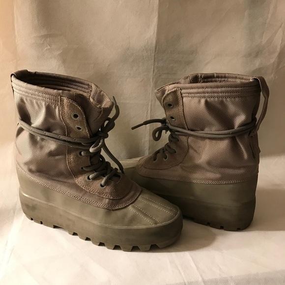 7bd61e199fc02 Adidas Yeezy Boot last 950 Moonrock Sz 8.5 AQ4836